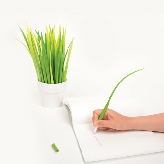 POOLEAF Plastic ball pen by Sil Gi LEE, Chang youn KANG